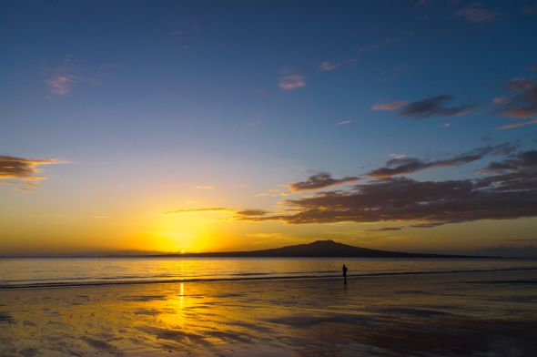 Takapuna Beach, Rangitoto Island, Sunrise, Auckland, New Zealand, Copyright Chris Gregory 2012