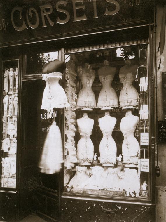 Eugene Atget - Corsets, Boulevard de Strasbourg 1912